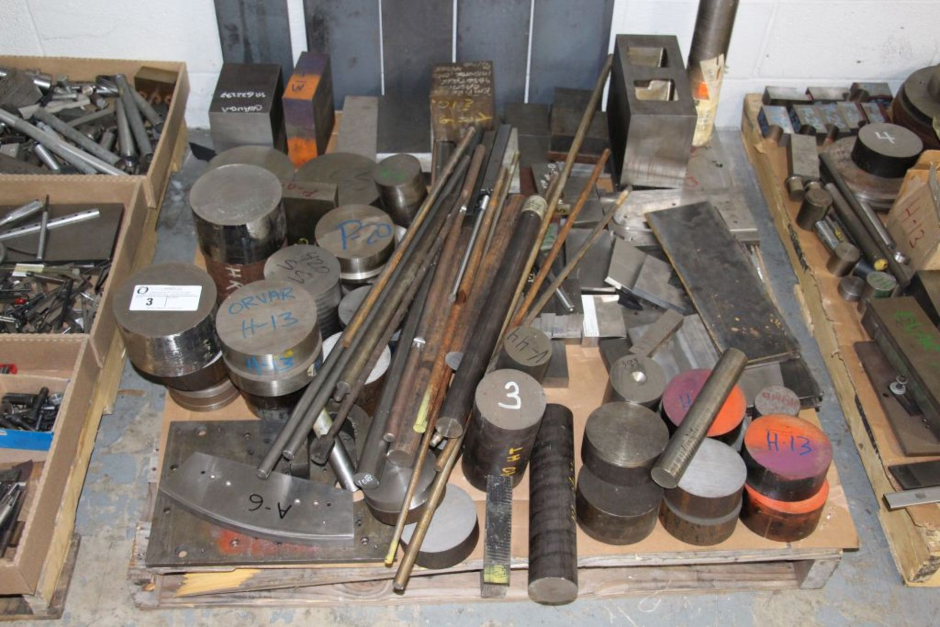 Lot 3 - assortment of round stock, stainless steel & steel