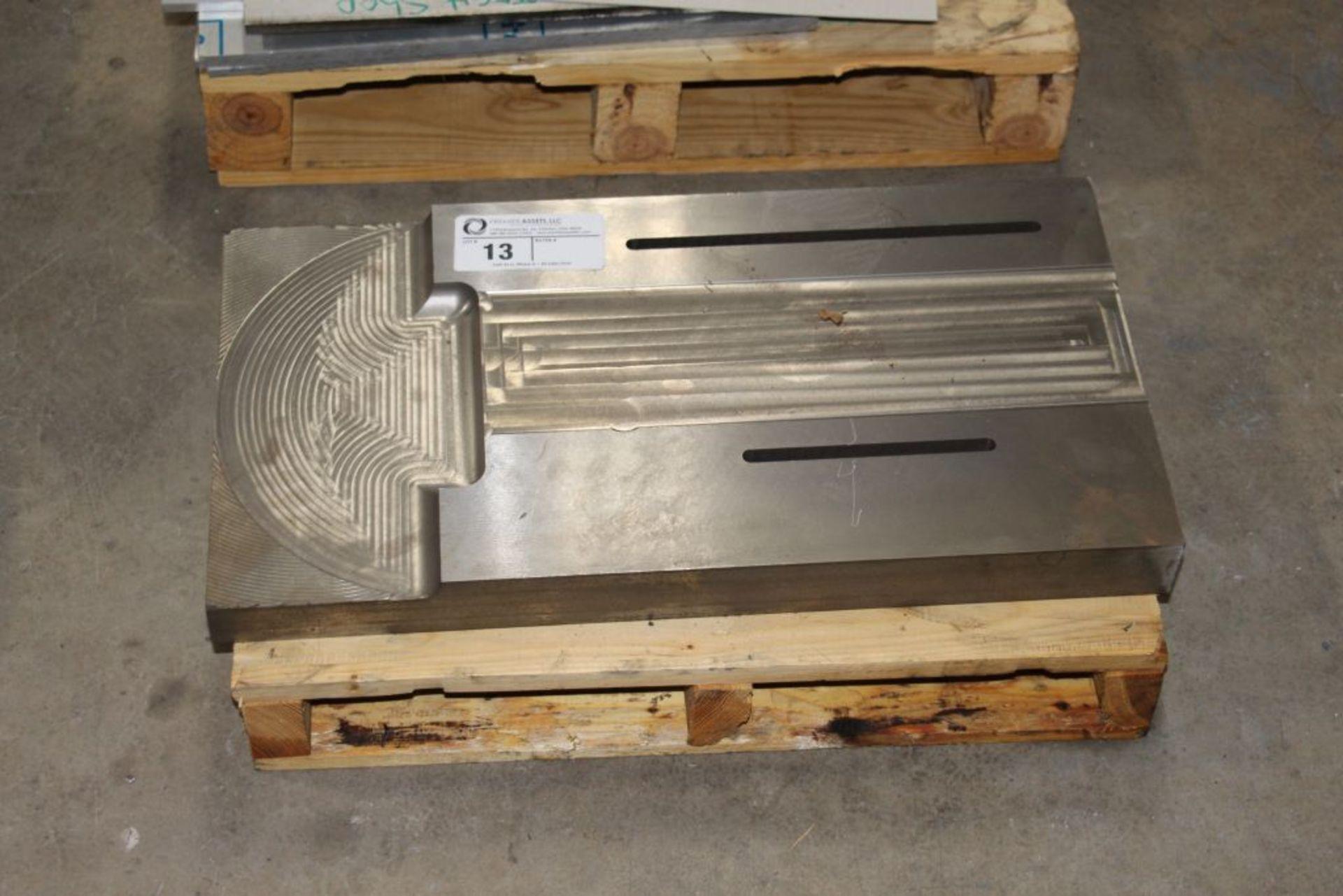 Lot 13 - steel fixture, scrap