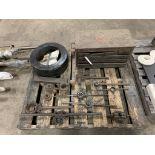 "(14) bearings (19"" diameter"" 1/2"" thick) assortment of pipe dies & misc."