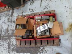 Lot 194 Image
