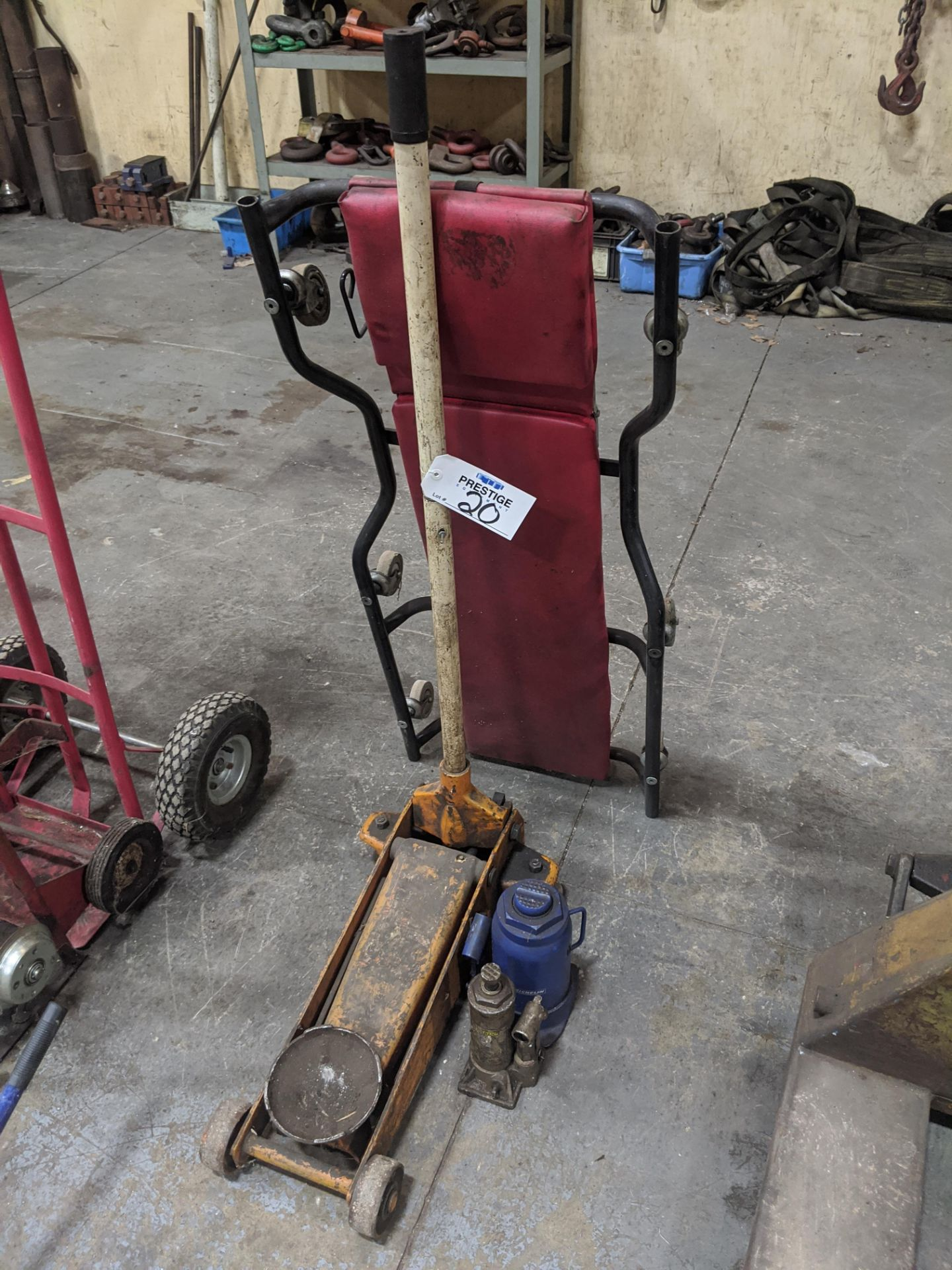 Lot 20 - Hydraulic Floor Jack