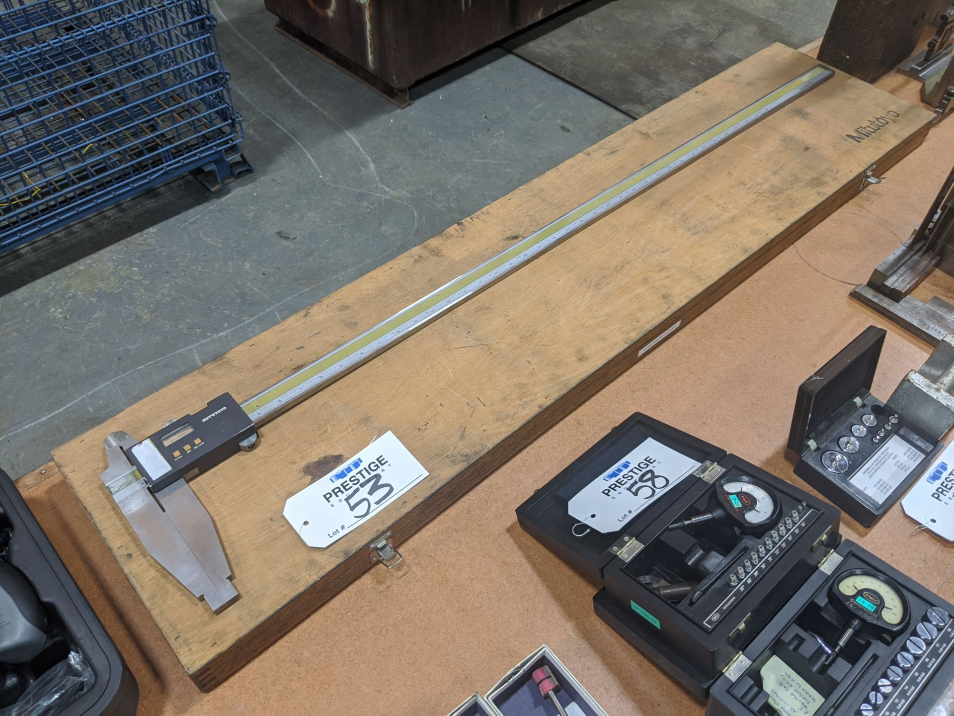 "Lot 53 - Mitutoyo Digimatic 40"" Digital Caliper"