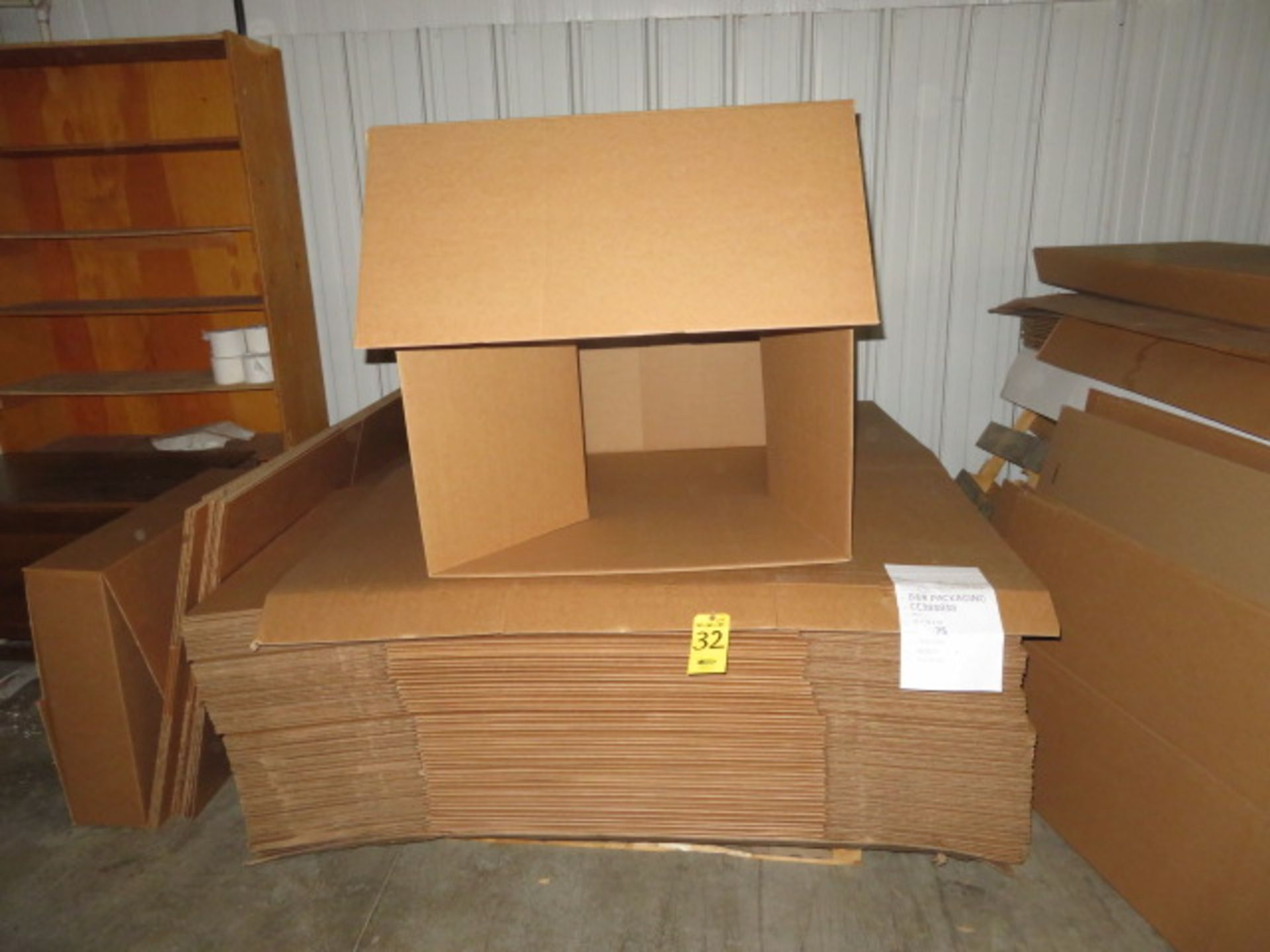 (50) 38 X 38 X 38 IN & (10) 36 X 31 X 8-1/2 IN K/D CORRUGATED BOXES