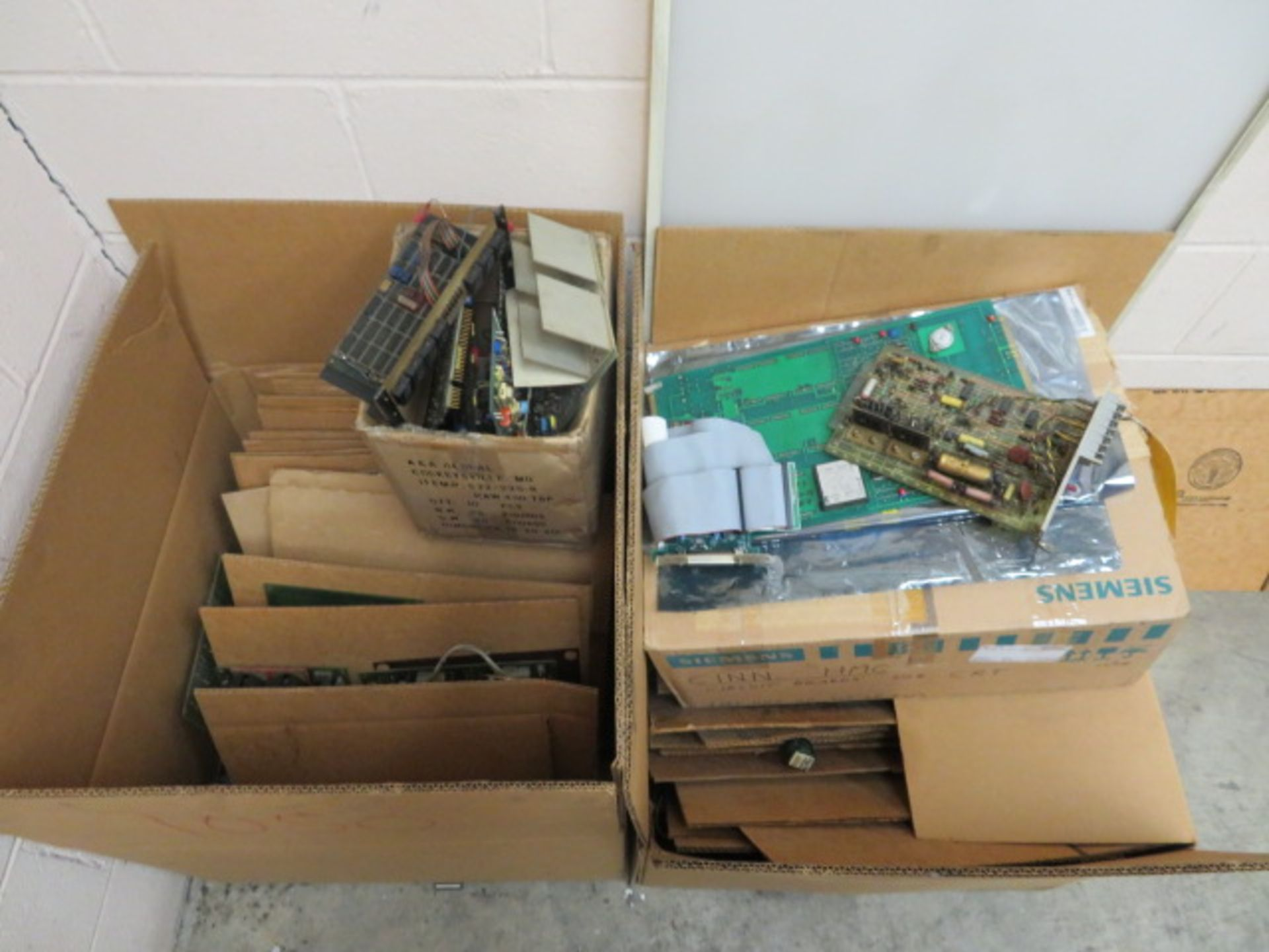 Lot 471B - ASSORTED CIRCUIT BOARDS