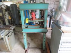 30 TON H-FRAME HYDRAULIC PRESS