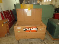 KNAACK PORTABLE GANG BOX