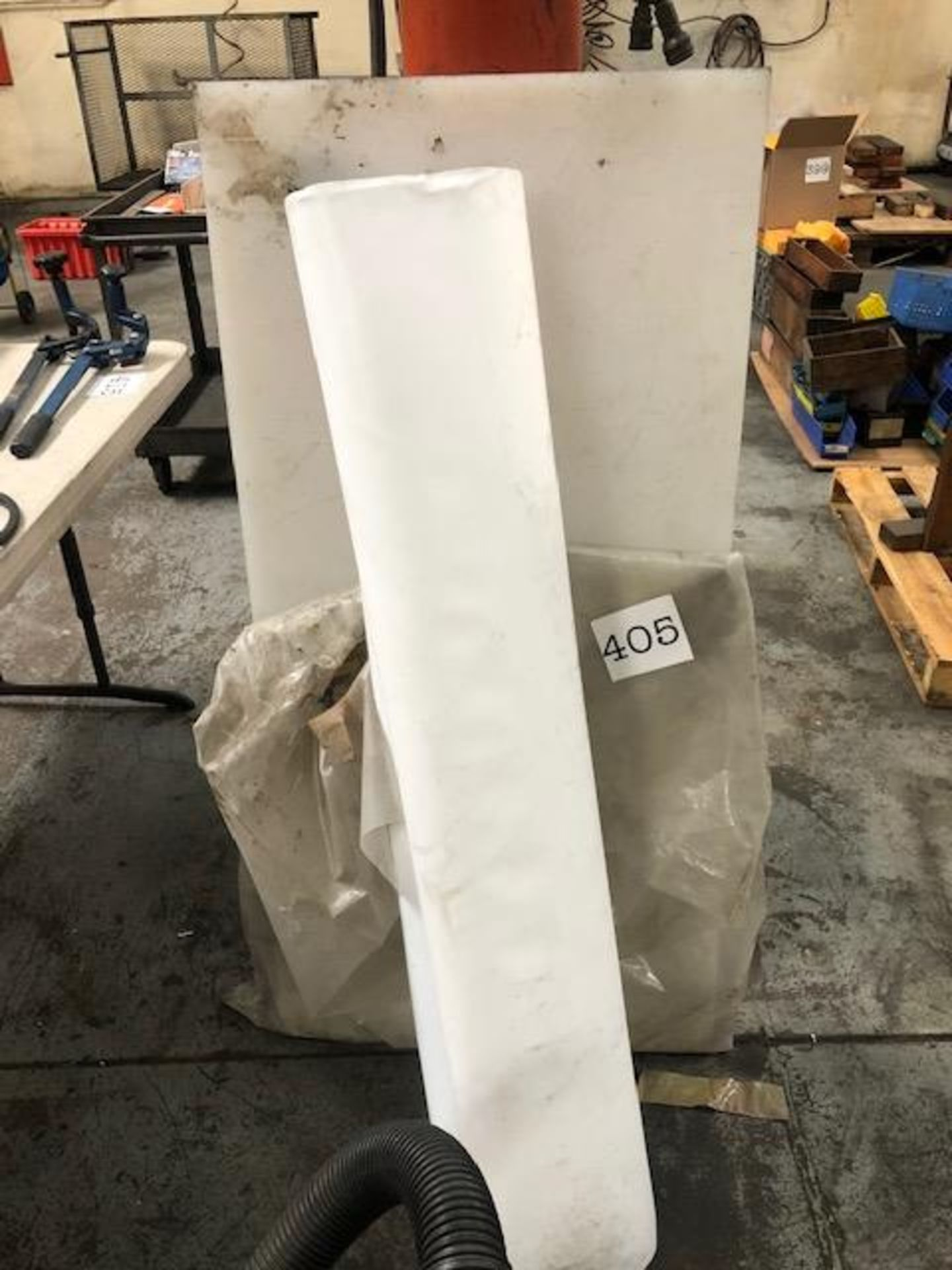 Lot 405 - Miscellaneous White Plastic Material