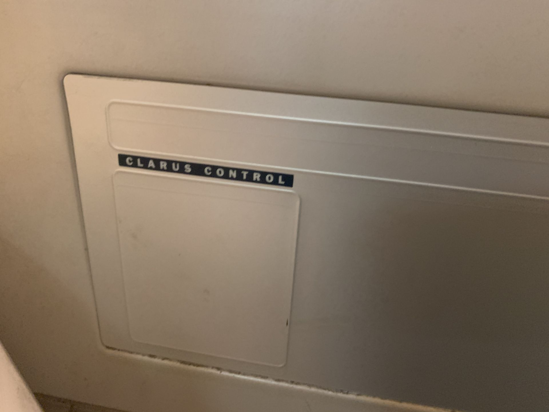 Lot 48 - WASCOMAT SV640C WASHING MACHINE WITH CLARUS CONTROL - 40LB CAPACITY