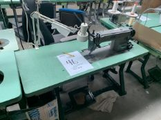 JUKI DDL-5530 SEWING MACHINE WITH MOTOR, STAND & LIGHT