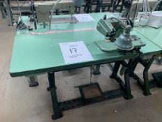 US BLIND STITCH 718-1 SEWING MACHINE WITH MOTOR, STAND & LIGHT