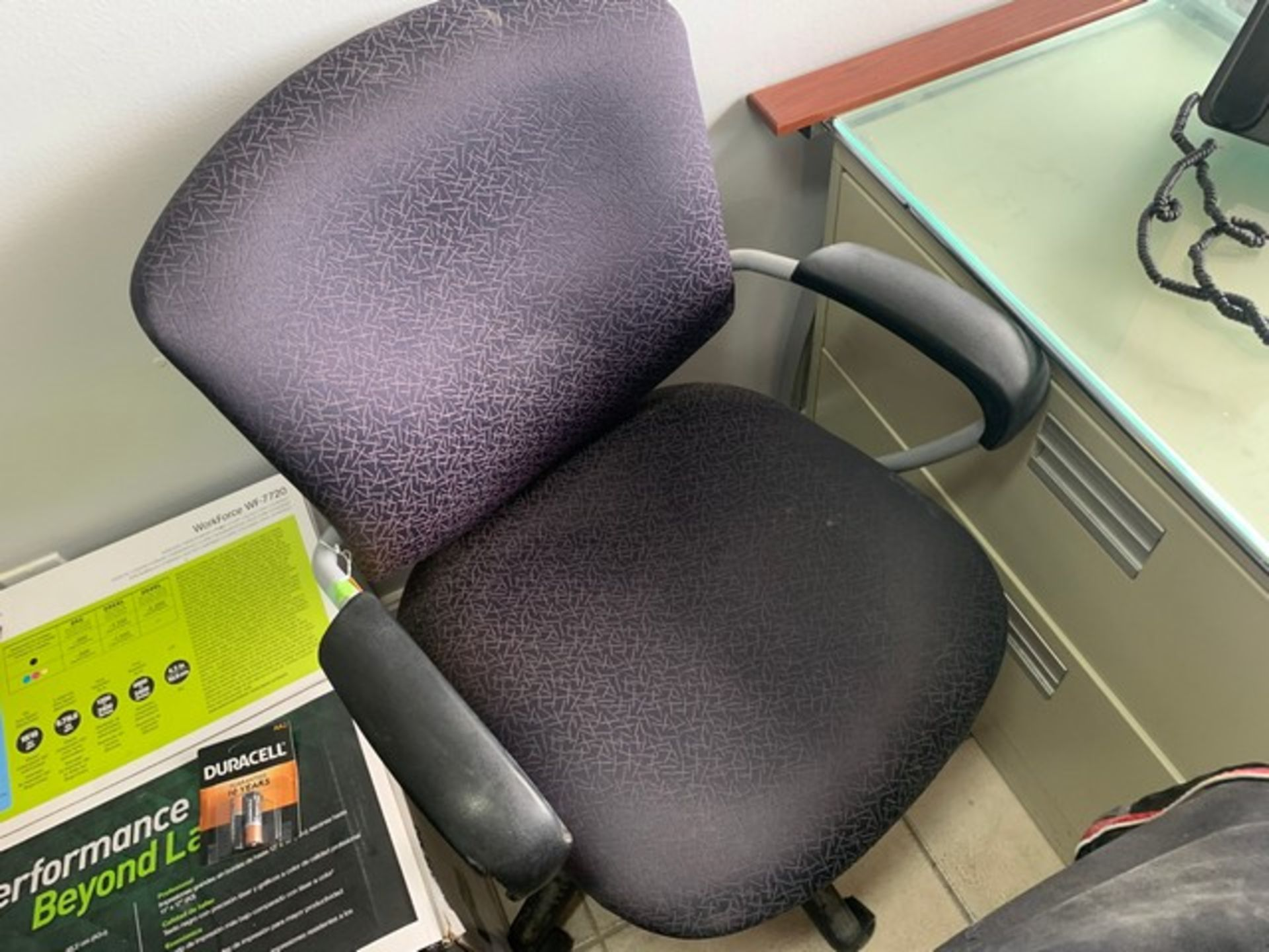 Lot 240 - ROLLING OFFICE CHAIR