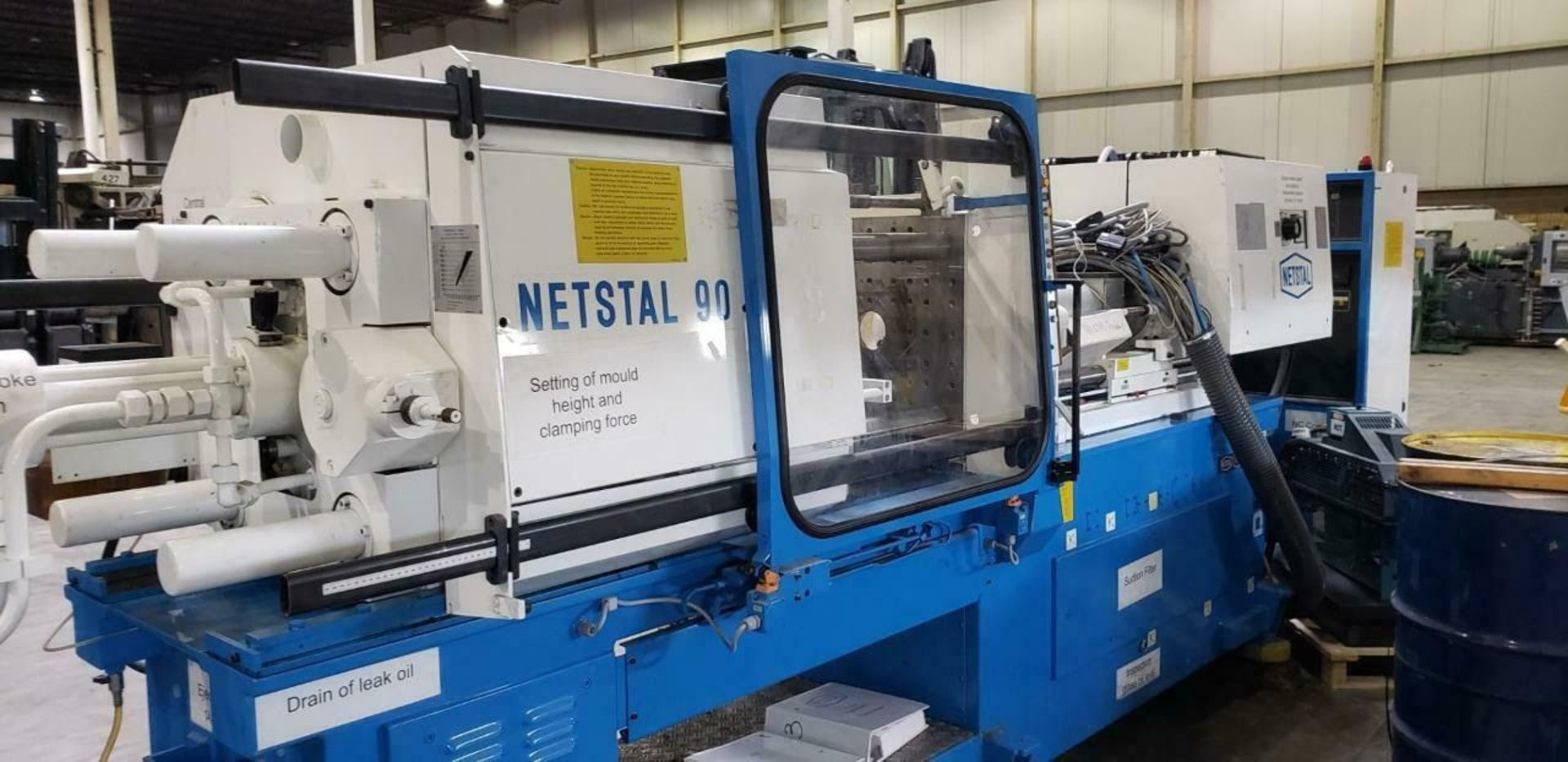 Lot 303A - (1993) NETSAL N170/90-MPS 90 TON INJECTION MOLDING MACHINE (MACHINE LOCATED AT DIFFERENT LOCATION)