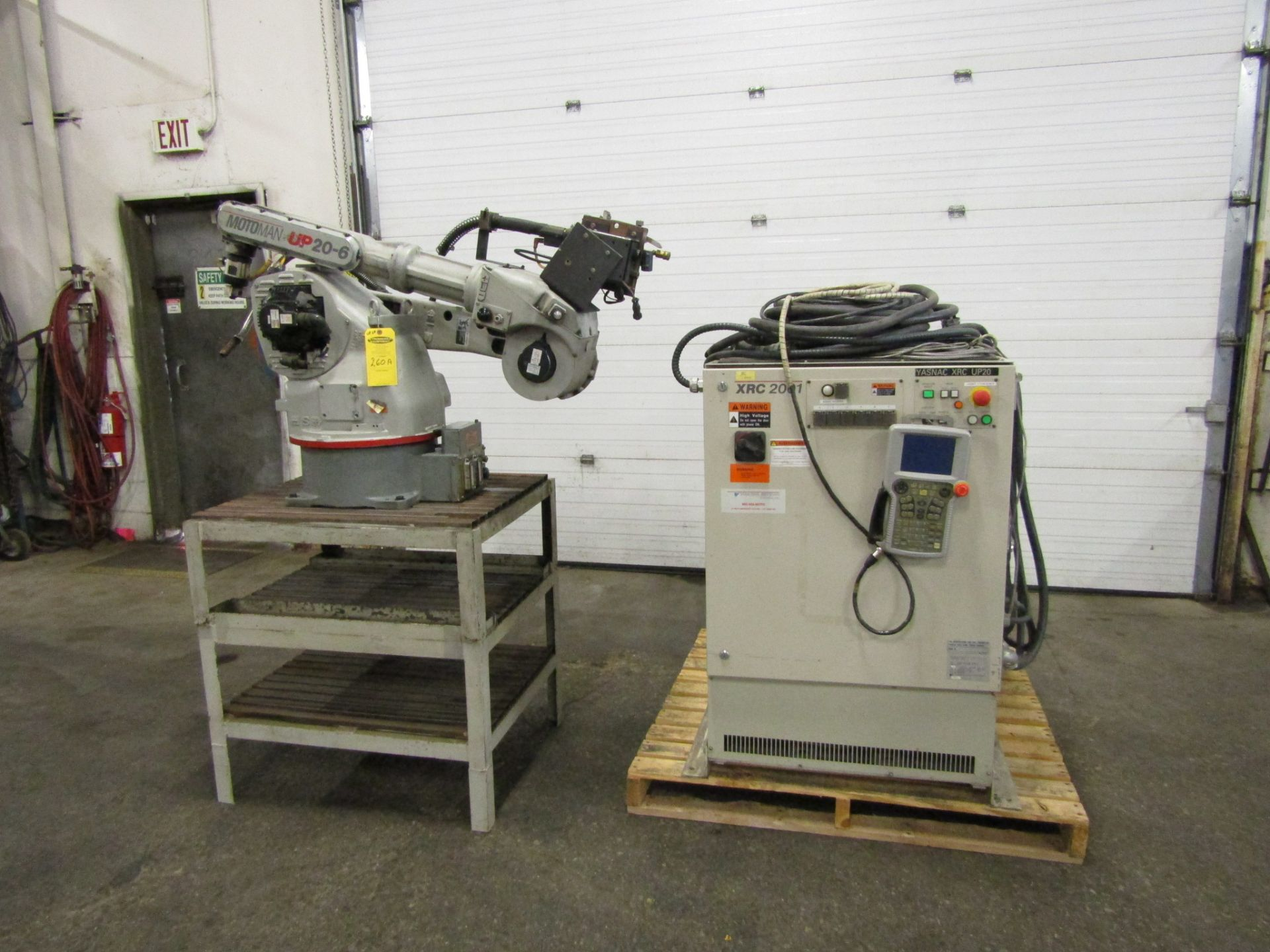 Lot 268 - Motoman UP20-6 Welding Robot System with XRC 2001 controller with teach pendant & Powerwave 450