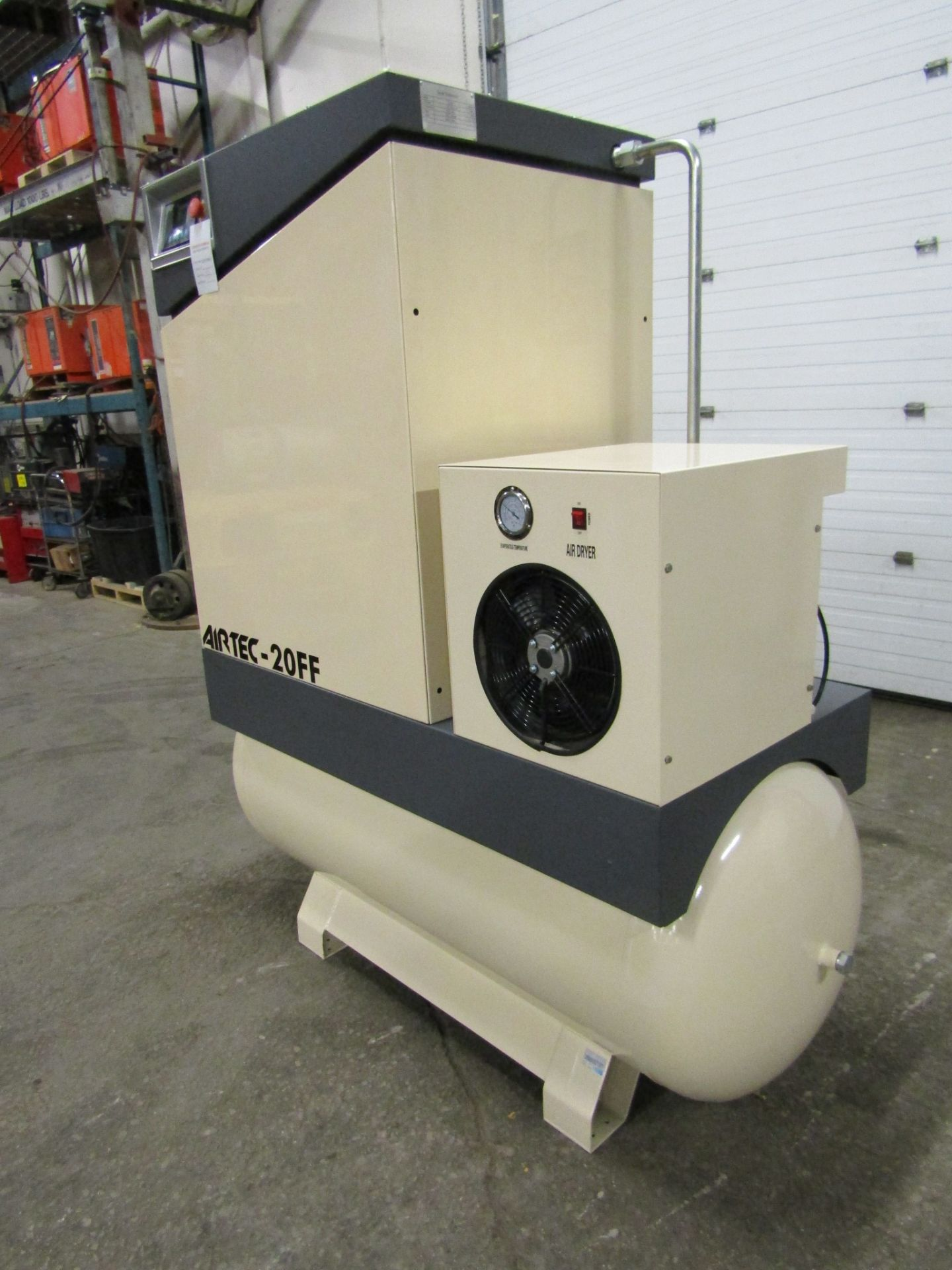 Lot 263 - Airtec model 20FF - 20HP Air Compressor with built on DRYER - MINT UNUSED COMPRESSOR with 125 Gallon