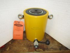 """RC-1004 MINT - 100 ton Hydraulic Jack with 4"""" stroke type cylinder"""