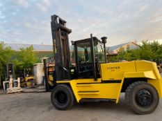 FREE CUSTOMS - Hyster 28000lbs Capacity OUTDOOR Forklift Diesel powered - with LOW HOURS - and