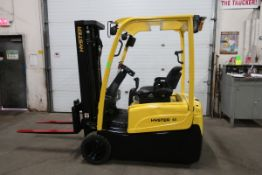 FREE CUSTOMS - 2011 Hyster 4000lbs Electric Forklift 3-wheel unit with 3-stage Mast and Sideshift