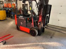 FREE CUSTOMS - 2014 Toyota 6000lbs Electric Forklift with sideshift and 3-stage mast 36V