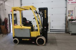 FREE CUSTOMS - 2013 Hyster 6500lbs Electric Forklift with 4-stage Mast and Sideshift WITH CHARGER
