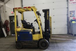 FREE CUSTOMS - 2012 Hyster 5000lbs Capacity Forklift with 3-stage mast - electric with charger