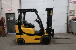 FREE CUSTOMS - Yale 5000lbs Capacity Forklift with 3-stage mast & sideshift - LPG (propane) unit (no