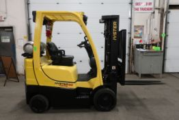 FREE CUSTOMS - 2012 Hyster 5000lbs Capacity Forklift with 3-stage mast - LPG (propane) with