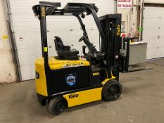 FREE CUSTOMS - 2014 Hyster 5000lbs Capacity Forklift with 3-stage mast - electric with sideshift