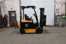 FREE CUSTOMS - 2015 Yaler 5000lbs Capacity Forklift electric with sideshift with fork positioner