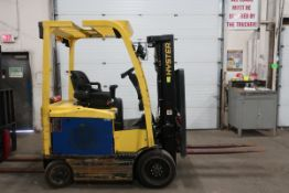 FREE CUSTOMS - 2012 Hyster 5000lbs Capacity Forklift with 3-stage mast - electric with sideshift