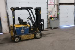 FREE CUSTOMS - 2014 Yale 5000lbs Capacity Forklift with 3-stage mast - electric with sideshift &