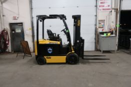 FREE CUSTOMS - 2014 Yale 6000lbs Capacity Forklift with 3-stage mast - electric with sideshift &
