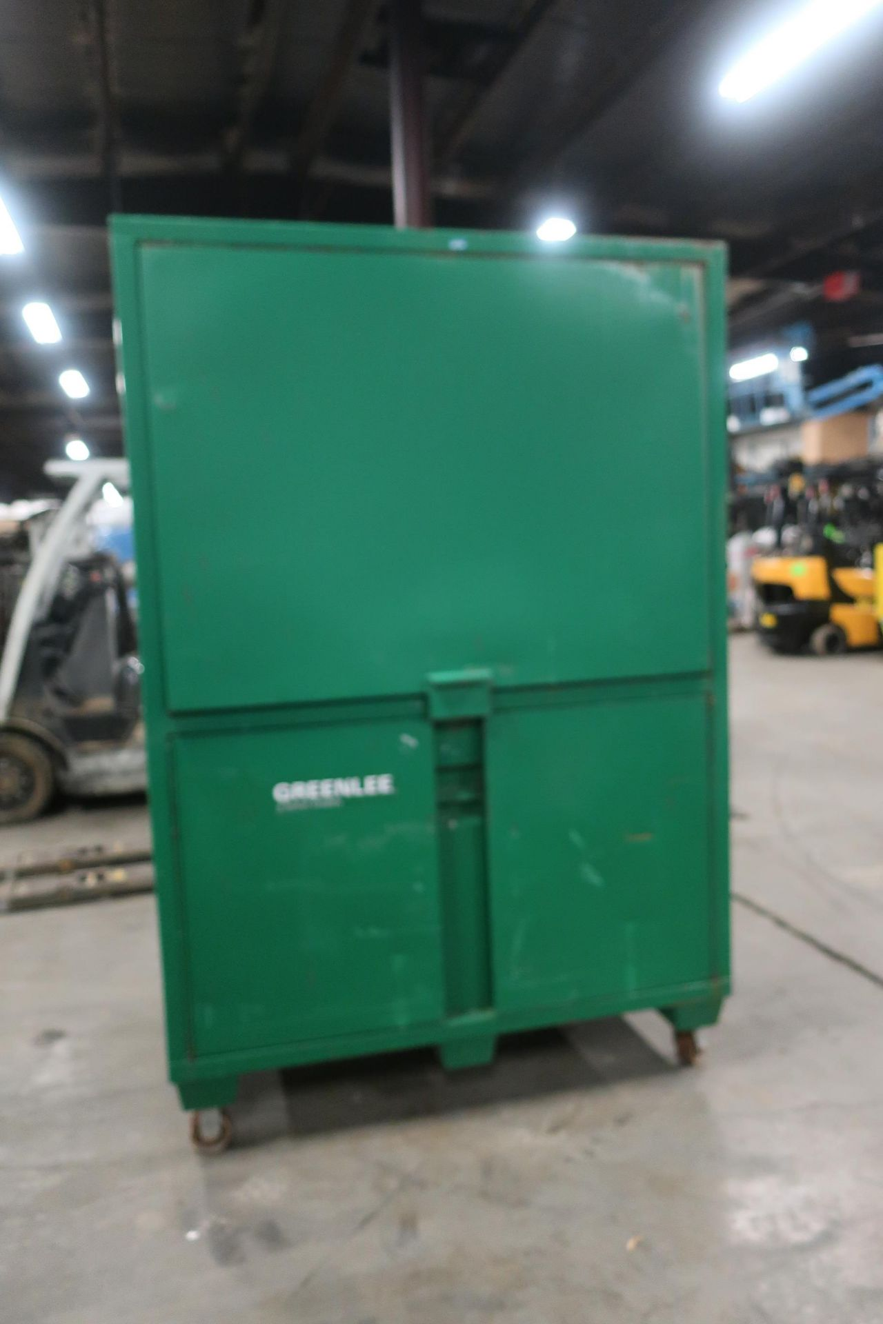 """Greenlee Field Office with Desk Light on Wheels storage portable 60x42x80"""" 116.5 CuFt. model - Image 2 of 2"""