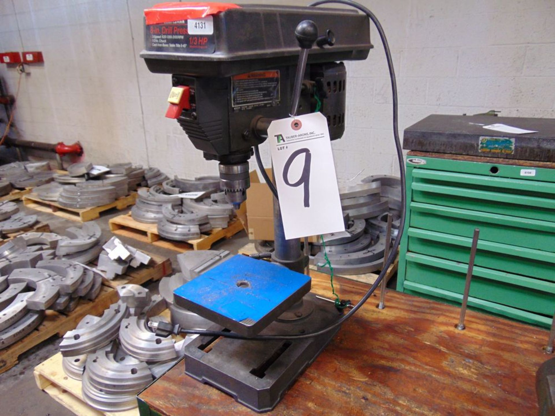 "Lot 9 - Craftsman 8"" Bench Drill press"