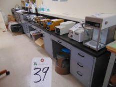 (Lot) Laboratory Furniture