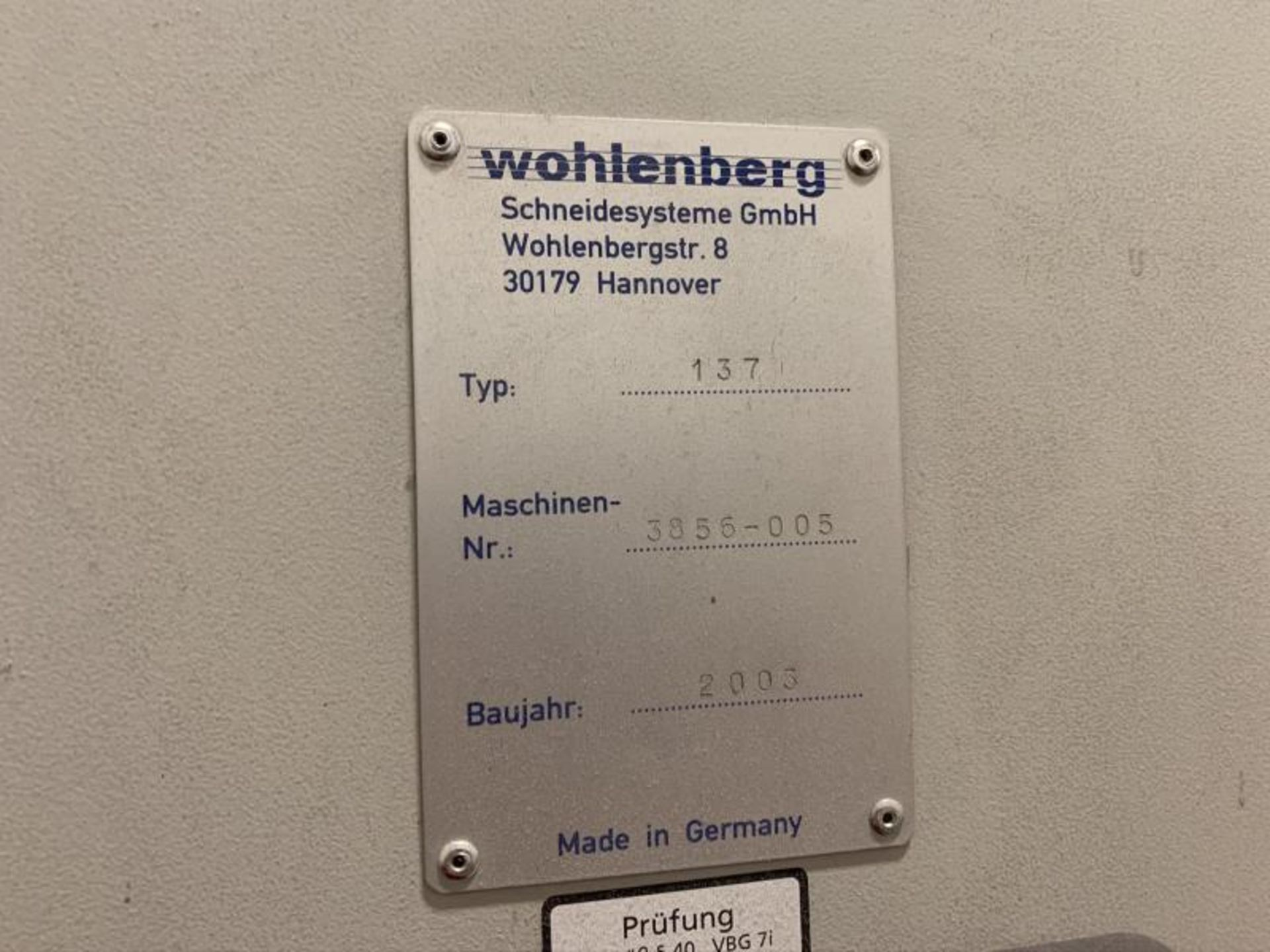 Lot 3 - Paper Cutter by Wohlenberg, Model: 137, Made 2013, 3 Spare Blades, SN: 211.926