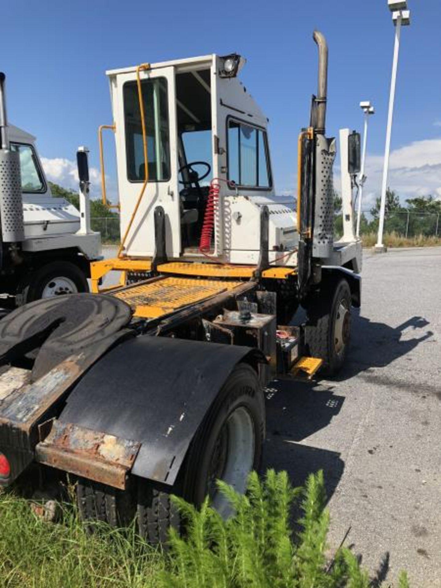 """2015 Kalmar Ottawa 4x2 Yard Truck , SN: 338840 4,378.6 Hours, 1,886 Miles - Image 10 of 36"