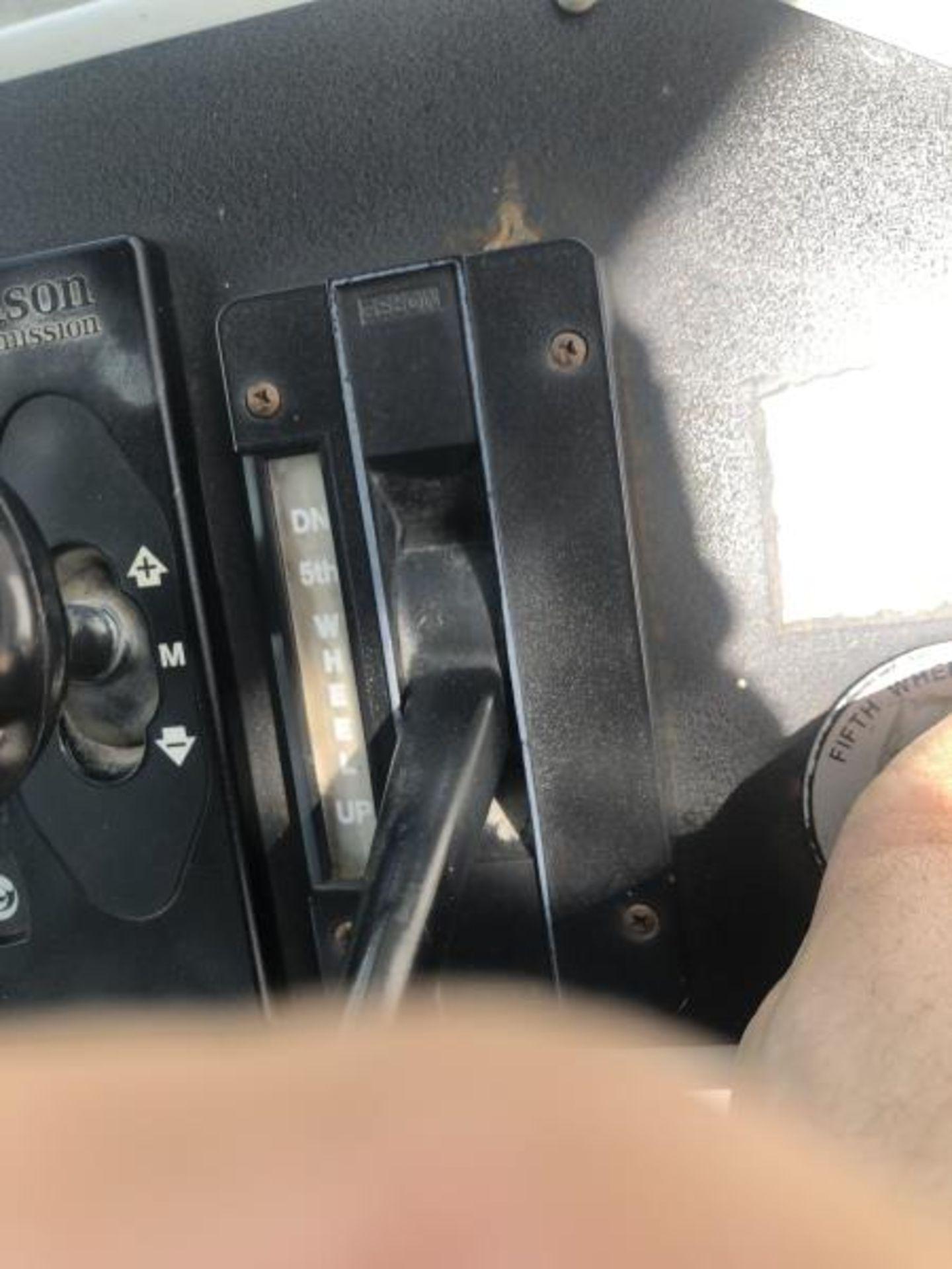 2015 Kalmar Ottawa 4x2 Yard Truck , SN: 338845 2,600.5 Hours, 185 Miles - Image 26 of 27