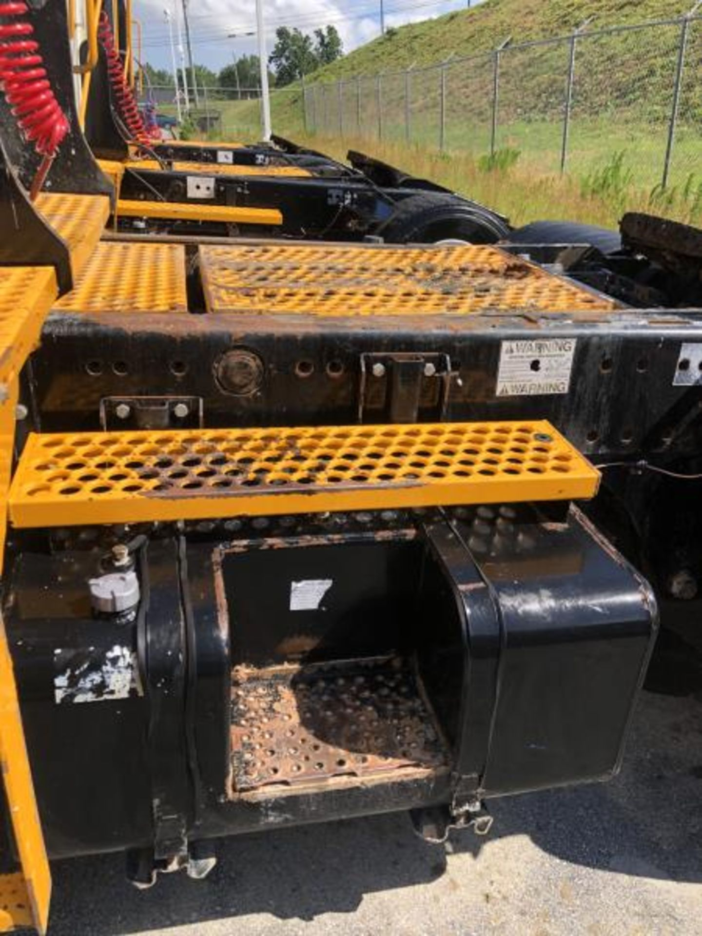 """2015 Kalmar Ottawa 4x2 Yard Truck , SN: 338840 4,378.6 Hours, 1,886 Miles - Image 6 of 36"
