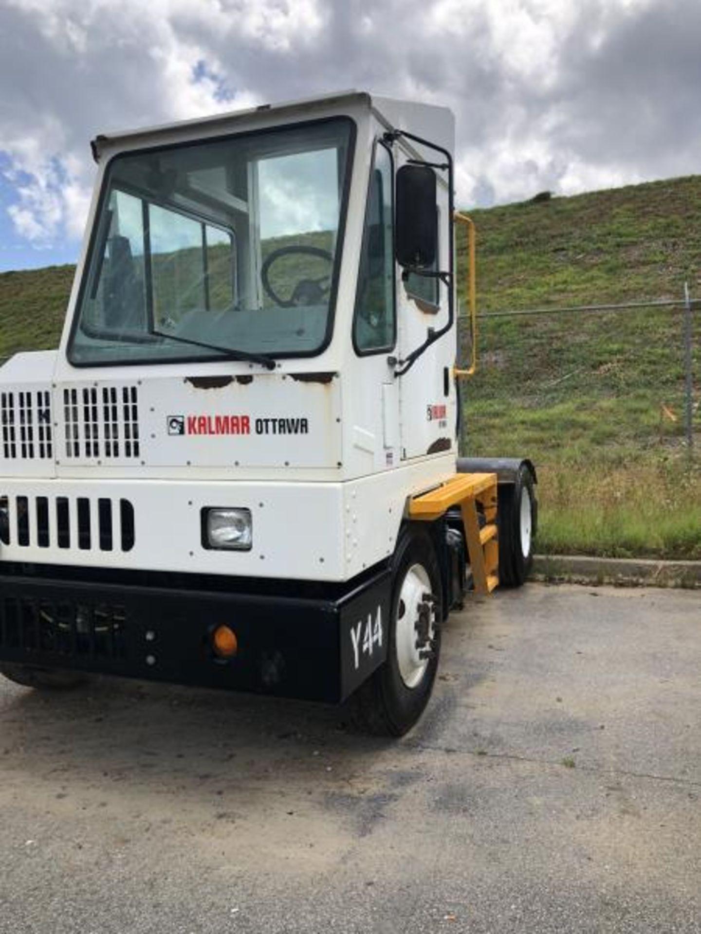 2015 Kalmar Ottawa 4x2 Yard Truck , SN: 338838 3,710.3 Hours, 2,817 Miles - Image 14 of 28