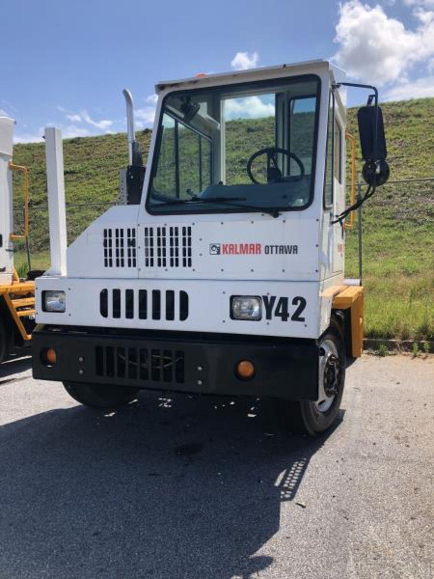 2015 Kalmar Ottawa 4x2 Yard Truck , SN: 338836 1,939.0 Hours, 1,961 Miles - Image 32 of 33