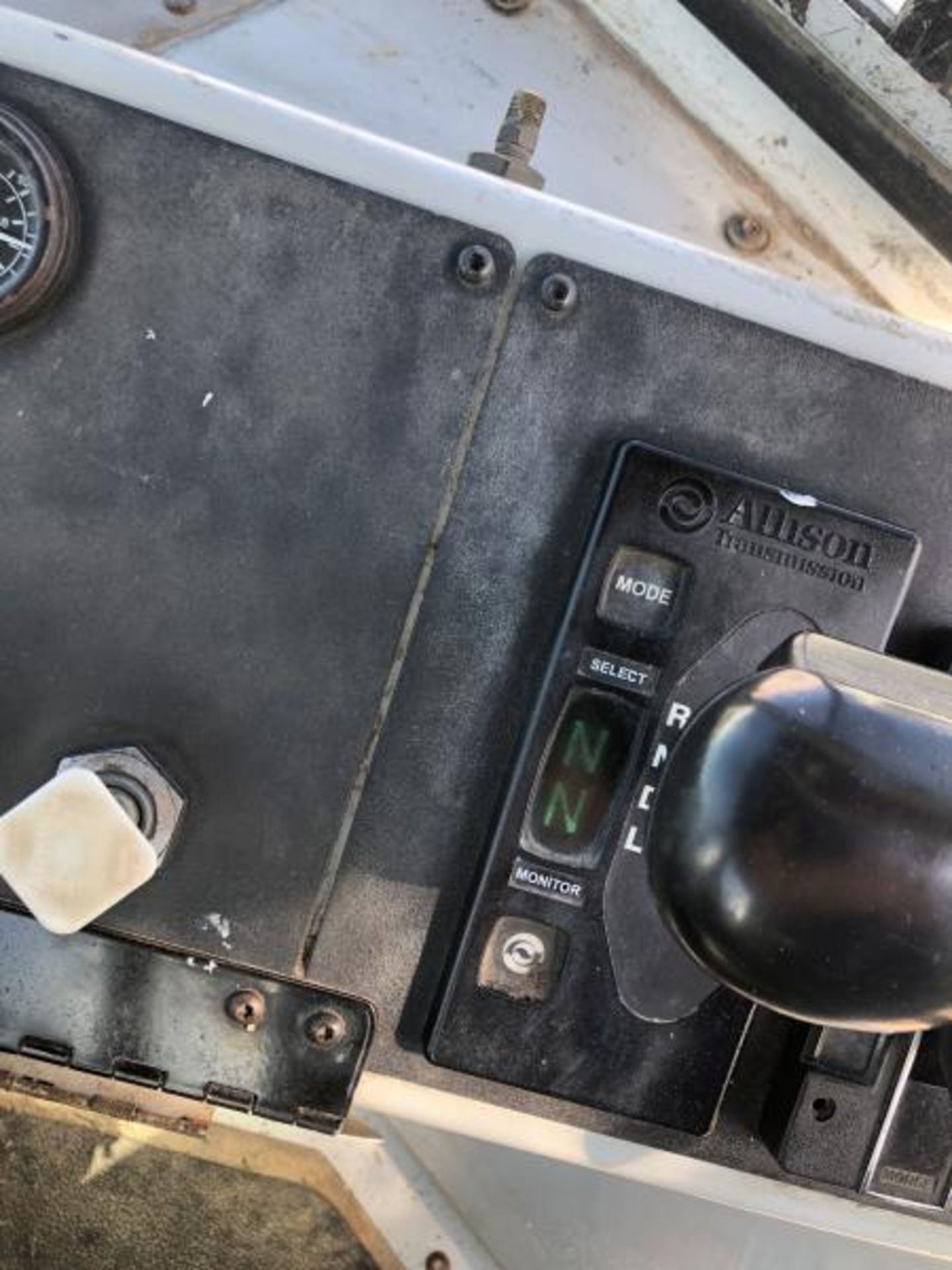 """2015 Kalmar Ottawa 4x2 Yard Truck , SN: 338840 4,378.6 Hours, 1,886 Miles - Image 25 of 36"