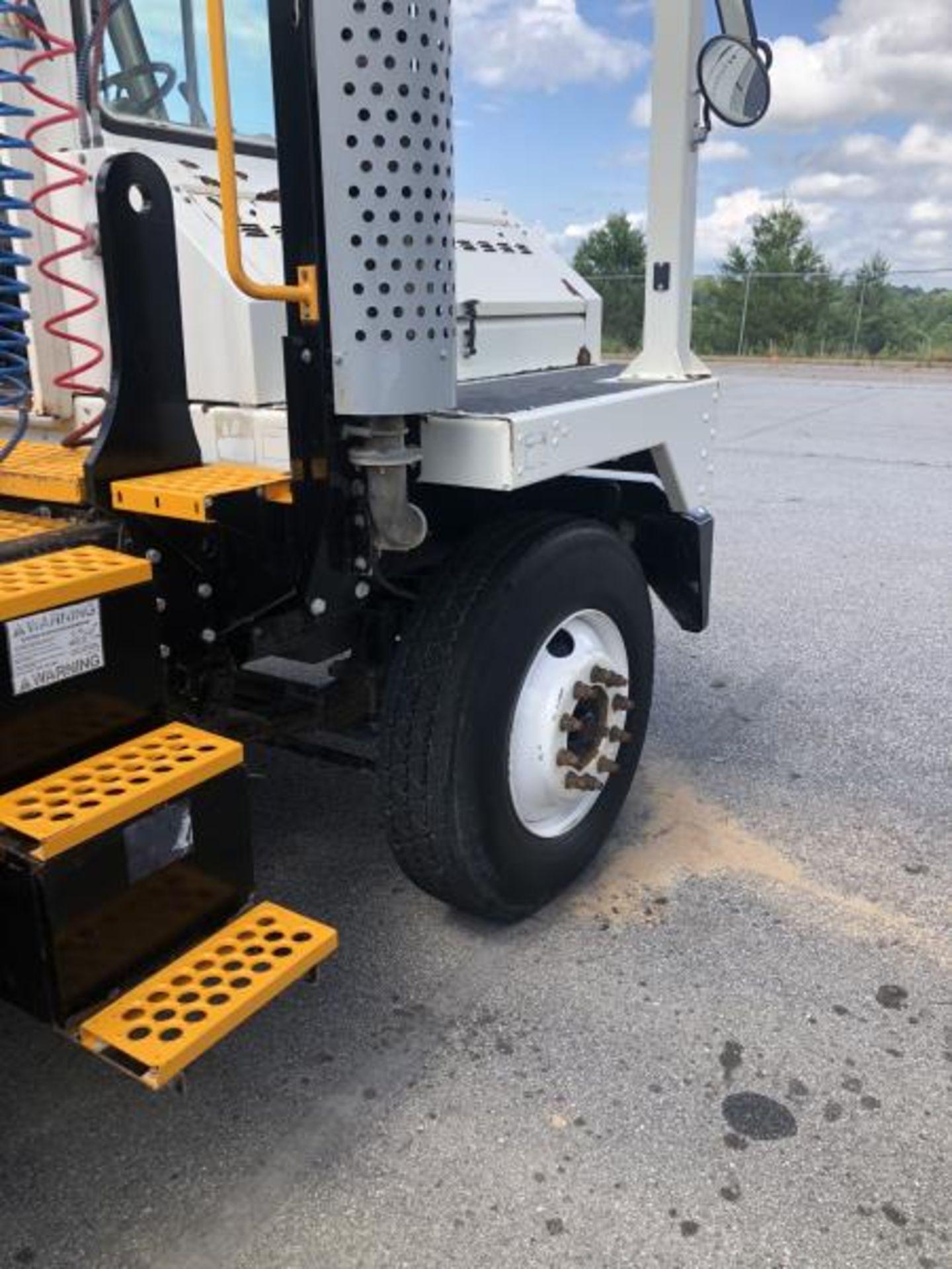 2015 Kalmar Ottawa 4x2 Yard Truck , SN: 338842 1,308.2 Hours, 937 Miles - Image 3 of 27