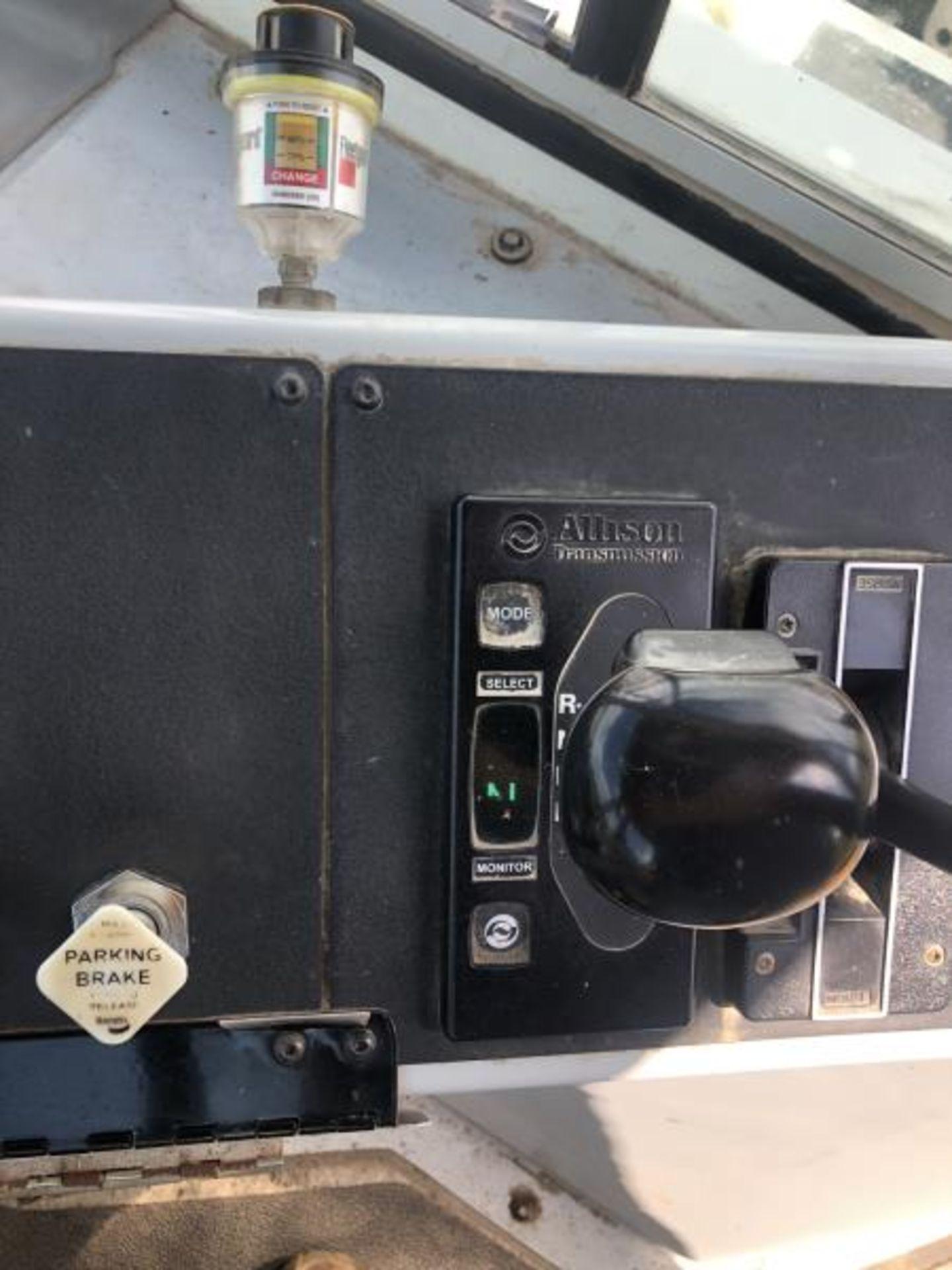 2015 Kalmar Ottawa 4x2 Yard Truck , SN: 338842 1,308.2 Hours, 937 Miles - Image 20 of 27