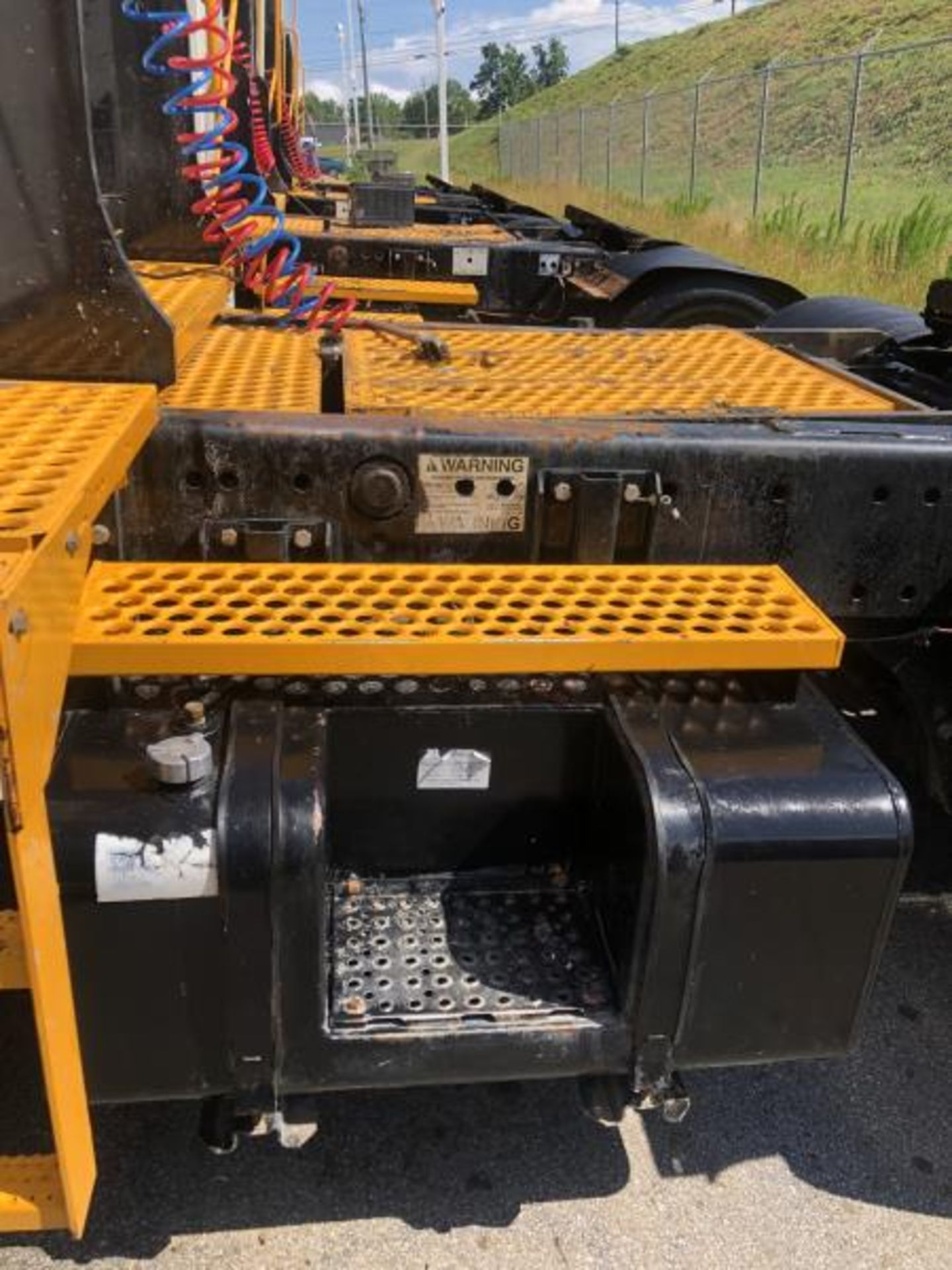 2015 Kalmar Ottawa 4x2 Yard Truck , SN: 338836 1,939.0 Hours, 1,961 Miles - Image 6 of 33