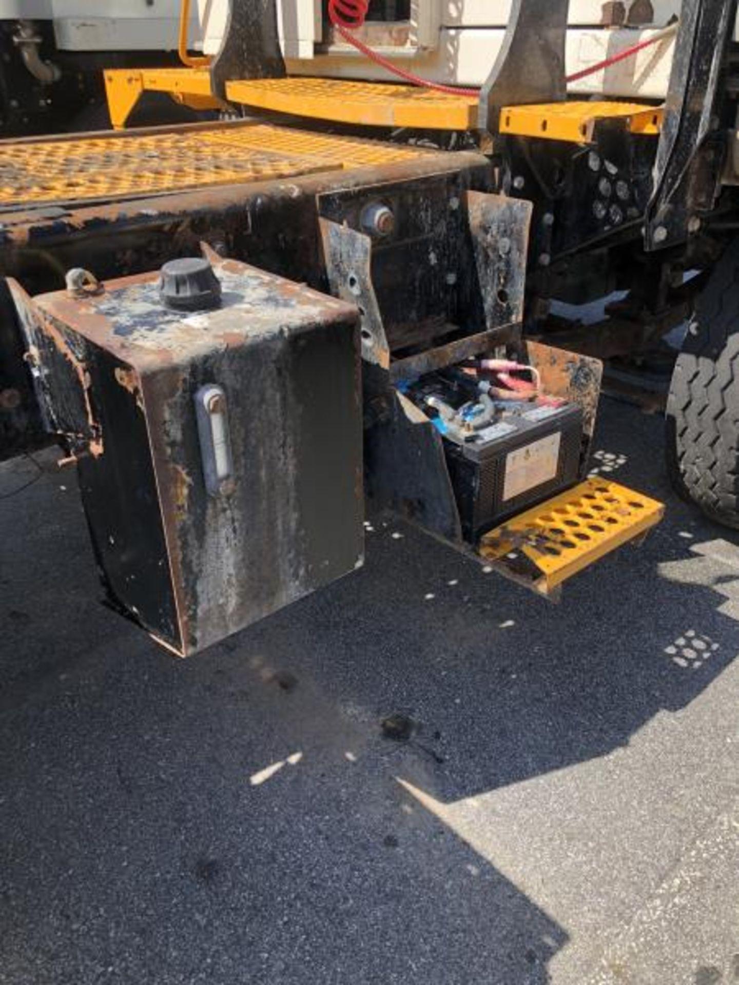 """2015 Kalmar Ottawa 4x2 Yard Truck , SN: 338840 4,378.6 Hours, 1,886 Miles - Image 12 of 36"