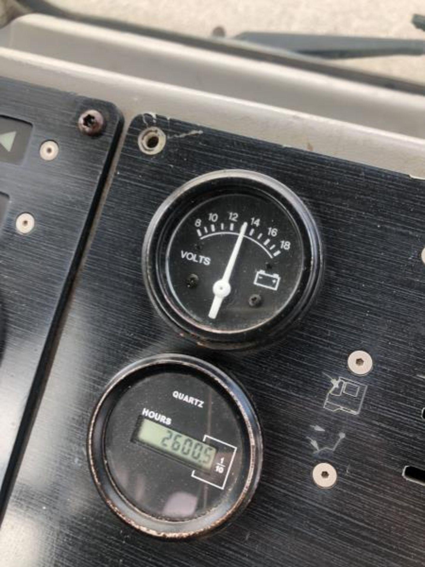 2015 Kalmar Ottawa 4x2 Yard Truck , SN: 338845 2,600.5 Hours, 185 Miles - Image 18 of 27