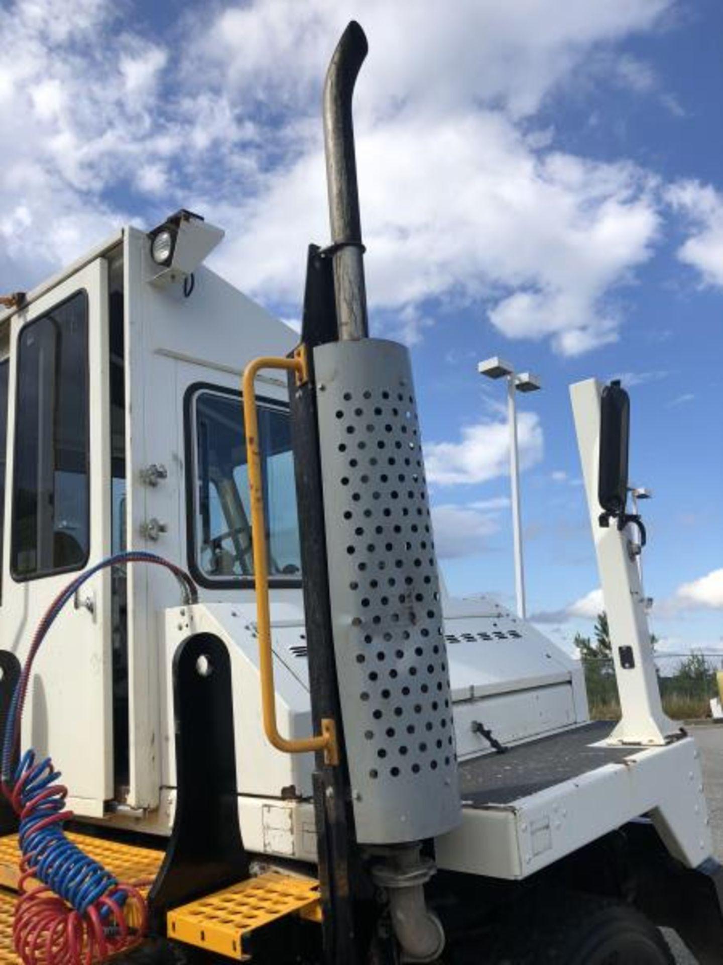 2015 Kalmar Ottawa 4x2 Yard Truck , SN: 338841 4,267.2 Hours, 1,683 Miles - Image 16 of 34