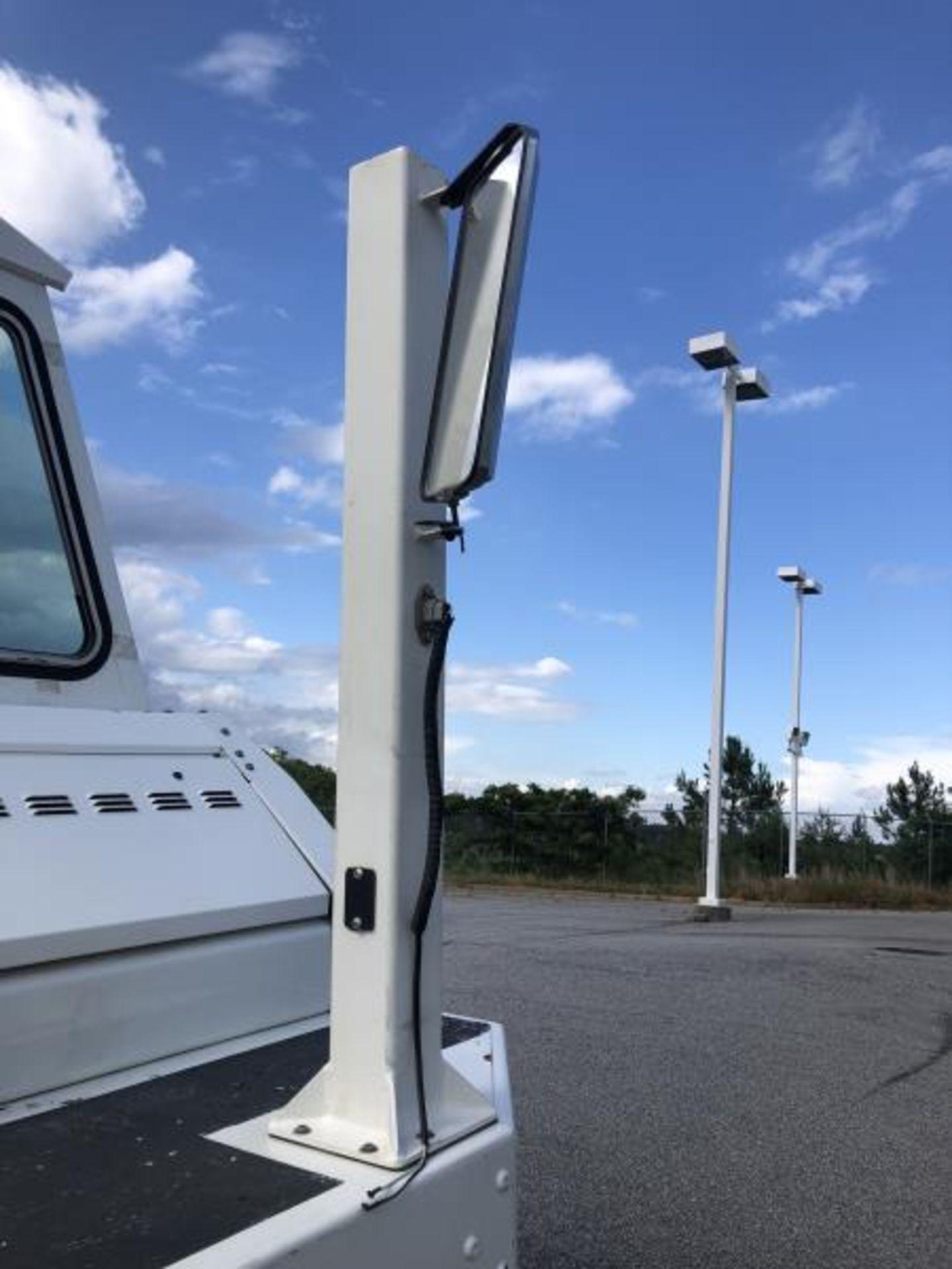 2015 Kalmar Ottawa 4x2 Yard Truck , SN: 338837 3,239.3 Hours, 3,125 Miles - Image 18 of 32