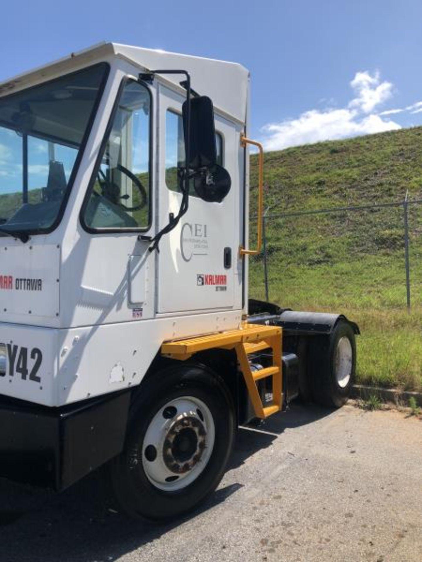 2015 Kalmar Ottawa 4x2 Yard Truck , SN: 338836 1,939.0 Hours, 1,961 Miles - Image 2 of 33