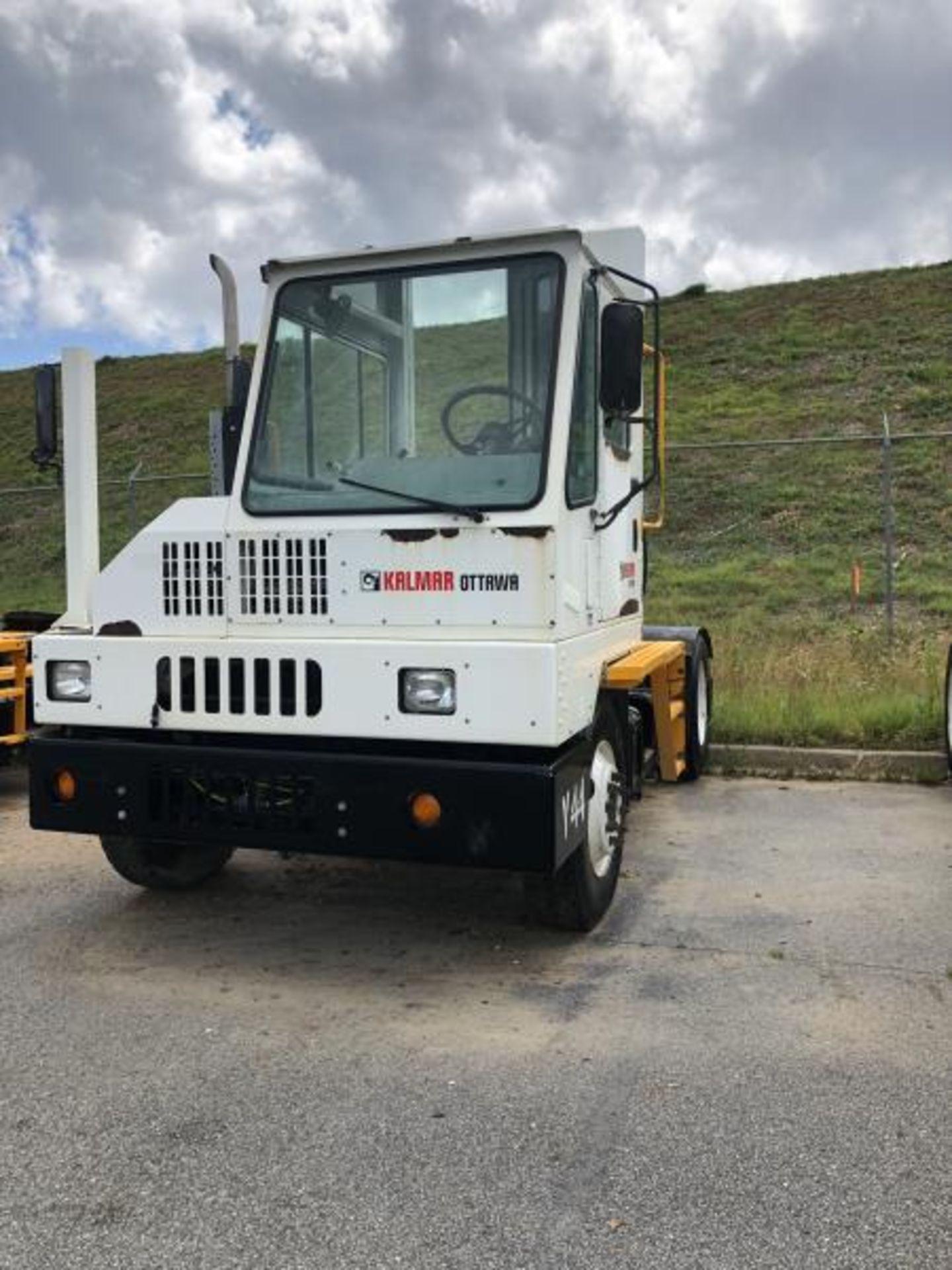 2015 Kalmar Ottawa 4x2 Yard Truck , SN: 338838 3,710.3 Hours, 2,817 Miles - Image 13 of 28